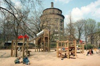 spielplatz dw berlin berlin 0 - Das Feuilleton und die Kindererziehung – wie schlimm ist es denn nun? -