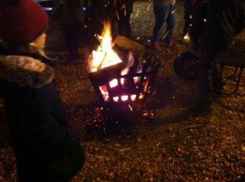 feuer 0 - Adventszeit: Wir haben es mit dem Weihnachtsmarkt versucht, aber... -