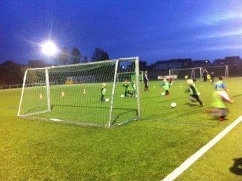 fussball - Leserinnen-Interview mit Lisa: Kinder-Hobbys und ihre Organisation -