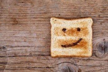 yahoo_toast-fotolia