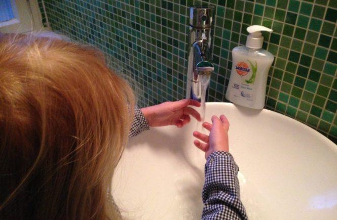 sahrotani 665x435 - Gewinnspiel: Warum Händewaschen so wichtig ist (auch, wenn die Kids es nicht glauben) -