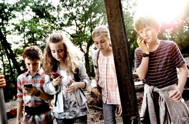 telekom1 665x435 - Wie lernt mein Kind den richtigen Umgang mit dem Handy? -