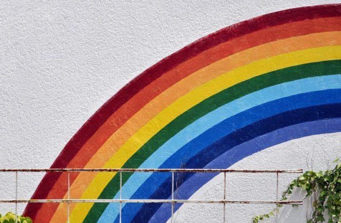 """regenbogen 665x435 - """"Mama, ich bin lesbisch"""". Wie sich das Outing des eigenen Kindes anfühlt -"""