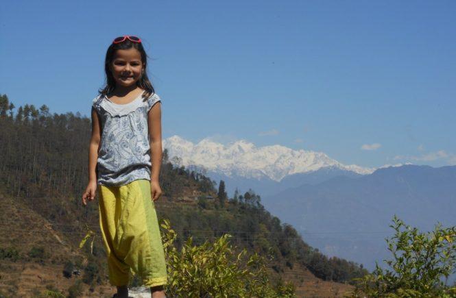evaaufmacher 665x435 - Gastbeitrag von Eva: So ist unser Leben in Nepal -