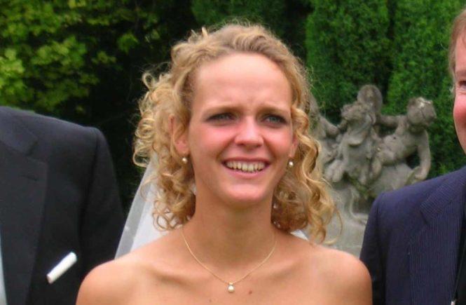 hochzeitlisa3 665x435 - Hochzeits-Monat Mai: So sah Lisa als Braut aus -