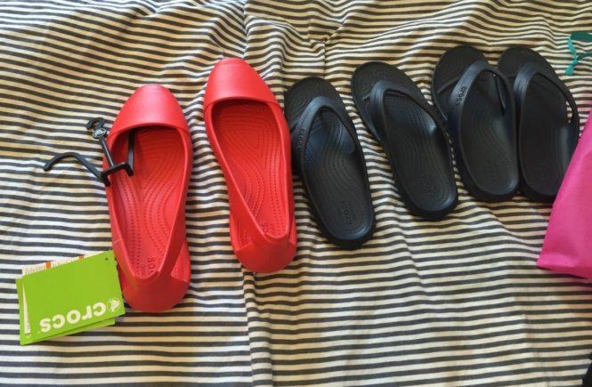 crocs1 665x435 - Kooperation mit Crocs: Was packen wir in den Koffer für den Familienurlaub? -