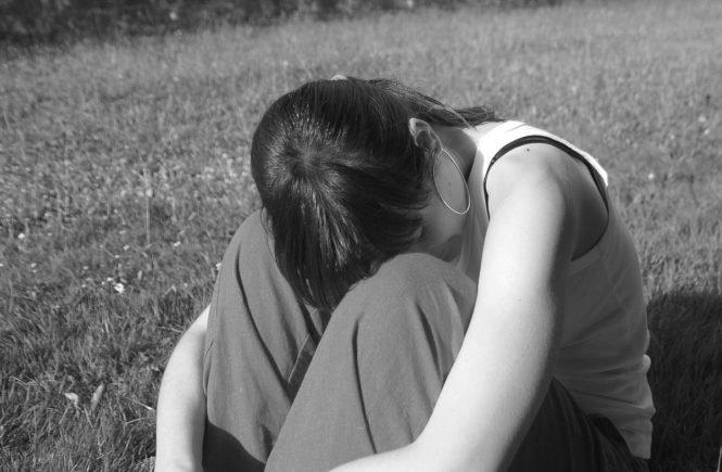 alone 279080 1280 665x435 - Gastbeitrag von Anna: Wie ich die traumatische Geburt meiner Tochter verarbeitete -