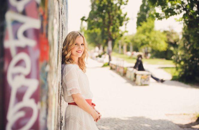 claudi1 665x435 - Interview mit Claudia: Meine schrecklich-schöne Schwangerschaft - MIT GEWINNSPIEL!!! -