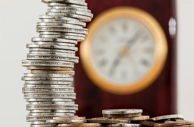 coins 1523383 1280 665x435 - Leserfrage: Wie sorgt Ihr finanziell für Eure Familie vor? -