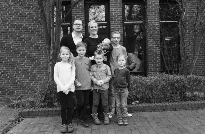 """image1 665x435 - """"Und Ihr so?"""" Heute bei: Arthy, Sven und ihren sechs Kindern -"""