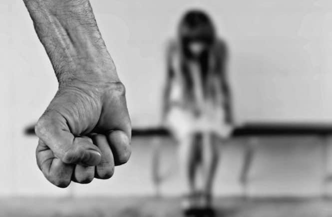 fear 1131143 1280 665x435 - Ich erlebte eine Kindheit voller Gewalt - Gastbeitrag von Jasmin -