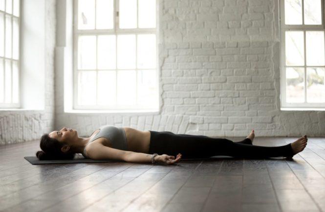 ruhewerk   yoga nidra 665x435 - Wege aus der Stressfalle - Tolle Tipps von Entspannungstrainerin Ines -