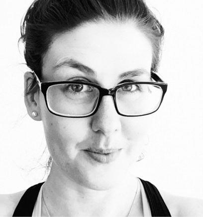 """haessy autorenfoto - Claudia Haessy: """"Wenn ich die Wahl habe zwischen Kind und Karriere, nehme ich das Sofa"""" -"""