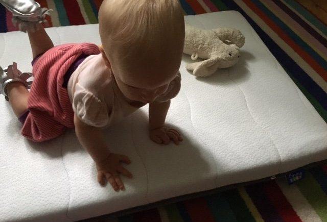 emma1 640x435 - Schlaf, Kindlein, Schlaf: Was mir bei einer Baby-Matratze wichtig ist -