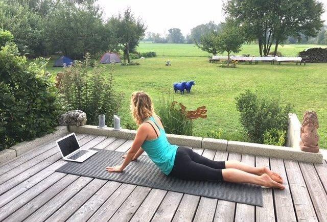 yogaeasy1 640x435 - OOOOHHHHHMMMM! Wir verlosen eine Mitgliedschaft von YogaEasy und verraten, wie uns Yoga im Mama-Alltag hilft -