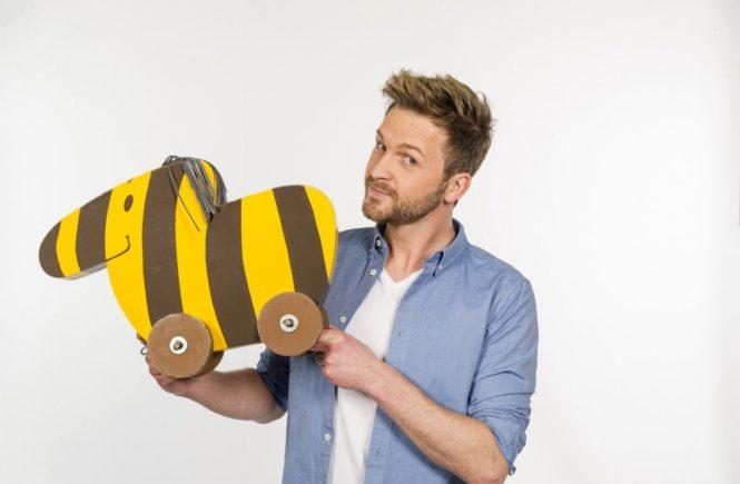 """johannes zenglein 665x435 - """"Kinder sind einfach immer echt"""" - Interview mit Tigerenten-Club-Moderator Johannes Zenglein -"""