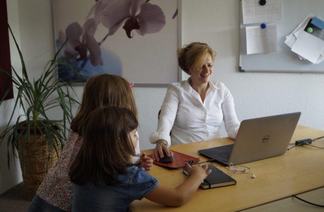 iris 665x435 - Gastbeitrag: Mein langer Weg zur Vereinbarkeit - wie ich nun Kinder und Beruf meisterte -