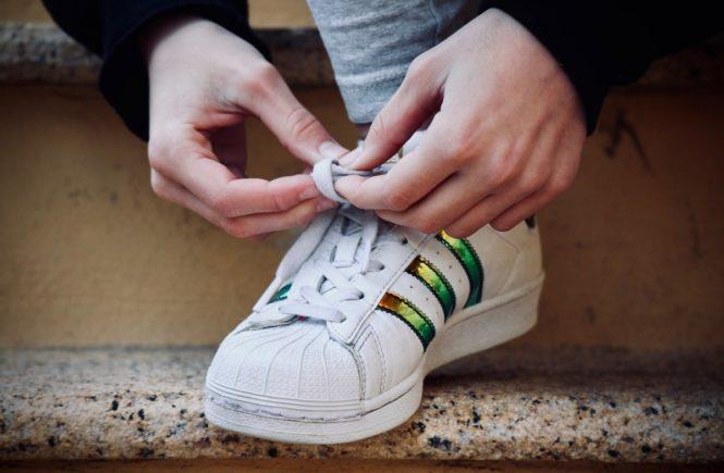 foot 3150923 1280 665x435 - Leserfrage: Wie meistern wir die Pubertät? -