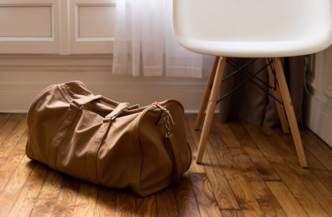 luggage 1081872 1280 665x435 - Leserfrage: Wie klappt das, wenn der Papa nur am Wochenende zu Hause ist? -