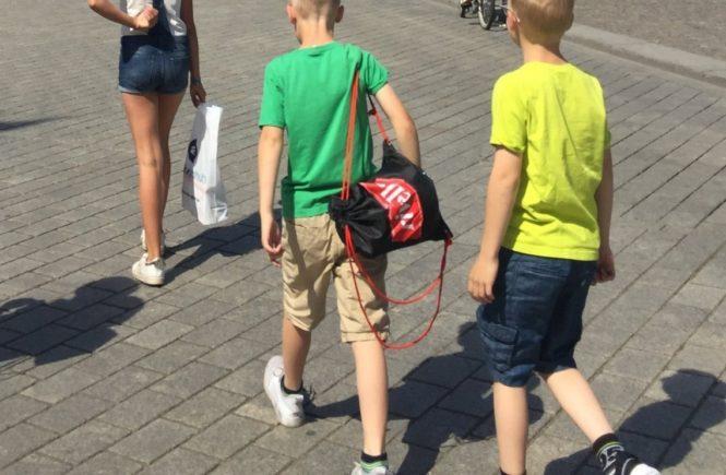 kids 2 665x435 - Abschied und Neubeginn: Wie sich das Leben mit drei Fast-Teenies gerade anfühlt -