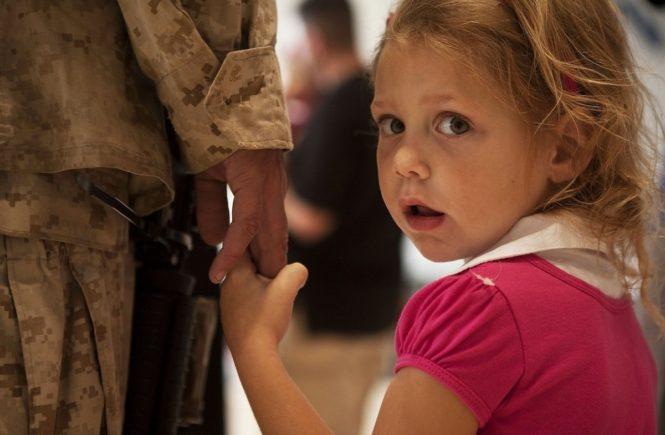 soldier 870387 1280 665x435 - Gastbeitrag von Pia: Mein Mann ist Soldat und weit von uns weg stationiert -