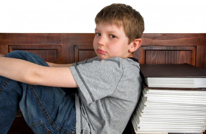 sad 544730 1280 665x435 - Reizthema Hausaufgaben - Interview mit einer Lehrerin und Mutter -