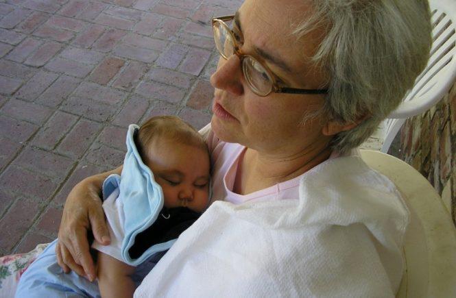 grandma 2378750 1280 665x435 - Gastbeitrag von Sandra: Darum habe ich das Sorgerecht für meinen Enkel -