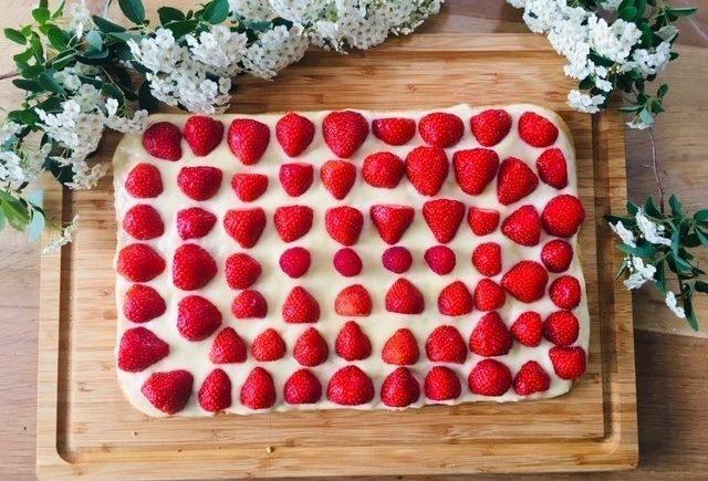 aurora1 1 640x435 - Der Geschmack des Frühlings: Wir backen herrlich-leckeren Erdbeer-Kuchen -