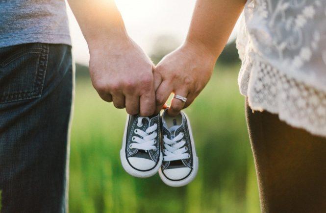 paar kinderwunsch 665x435 - Wann kann ich schwanger werden? trackle berechnet die fruchtbaren Tage -