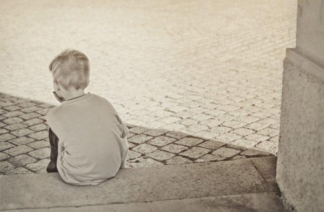kind haut und beisst 0 665x435 - Mein Kind haut und beißt: Wie sich das für die Eltern anfühlt -