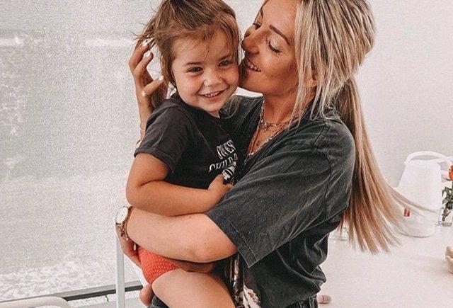 """karo 640x435 - """"Ich war überrascht, wie überfordert ich erstmal war"""": Instagram-Star Karo Kauer über ihre Mutterschaft -"""