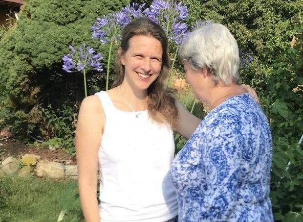 mama hat alzheimer 592x435 - Brief an meine Mama mit Alzheimer: Du fehlst mir und den Kindern so sehr -