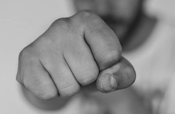 rage 1564031 1280 665x435 - Häusliche Gewalt: Vielen Frauen fällt es schwer, sich Hilfe zu holen! -