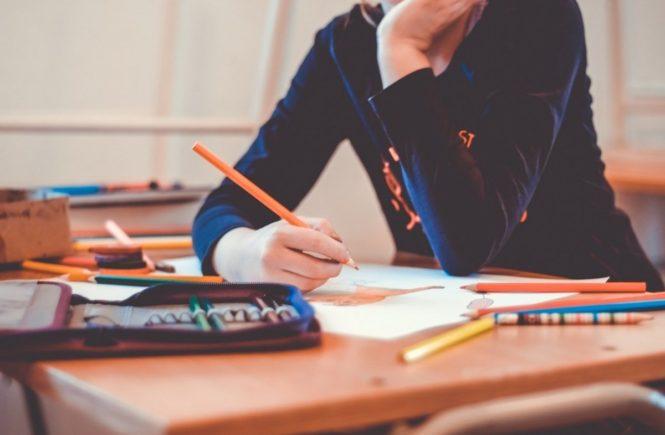 school 1974369 1280 665x435 - Eine Lehrerin antwortet: Kinder sind ungeduldig. Erwachsene aber auch! -