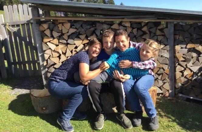 angelman fotor 665x435 - Update: So geht es Julia mit dem seltenen Angelman-Syndrom -