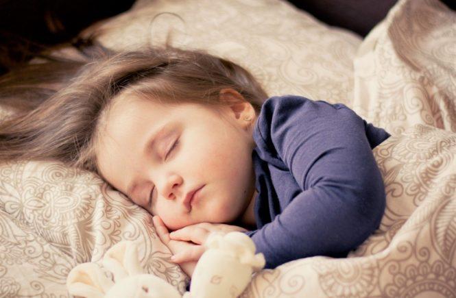 baby 1151351 1280 665x435 - Leserfrage: Unsere Tochter schläft nachts nicht durch -