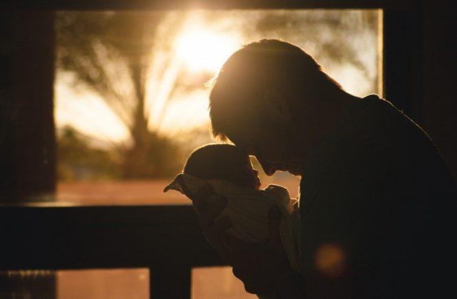 baby 2616673 1280 665x435 - Das Wunder der Geburt: Eine Hebamme erzählt von ihren schönsten Geburten -