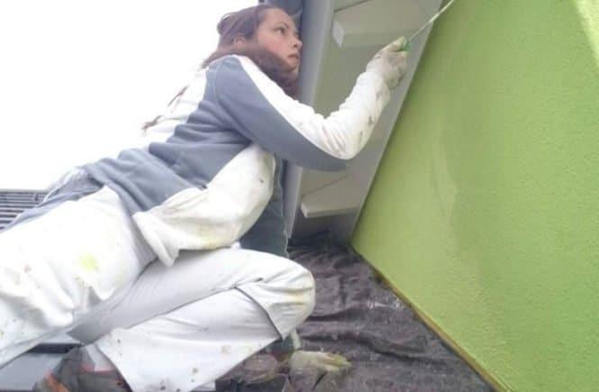malerin lackiererin 665x435 - Als Frau in einer männerdominierten Branche: Mama ist Malerin und Lackiererin -