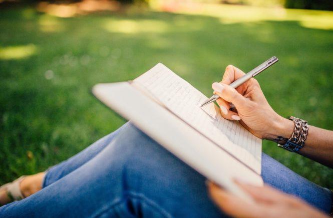 writing 923882 1280 665x435 - Frust einer Lehrerin: Wir sind nicht an allem schuld! -