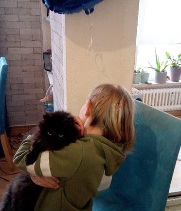 cindy 372x435 - Update von Sam: So geht es dem Mädchen mit dem FAS-Syndrom - Cindy hat vor acht Jahren die Tochter ihres Bruders adoptiert. Wie es der Familie heute geht, lest Ihr im Interview:
