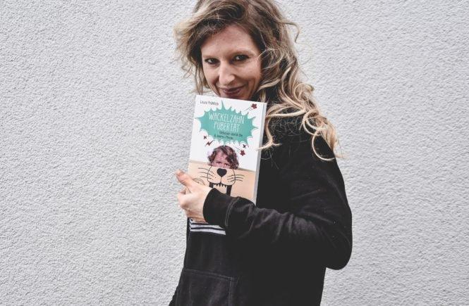 Laura2 665x435 - Wackelzahn-Pubertät: Unsere Kinder – so groß und doch noch so klein - Wackeln die Zähne, wackelt die Seele, heißt es immer so schön. Autorin Laura Fröhlich geht dem Phänomen der rebellierenden Grundschulkinder nach und hat einen fantastischen Ratgeber dazu verfasst.