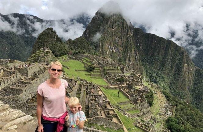 Machu Picchu 2 665x435 - In die weite Welt träumen: Gabriela und ihr Sohn waren schon in 35 Ländern und zeigen uns die schönsten - Gabriela Urban und ihr fünf Jahre alter Sohn sind ein super Team, wenn es um Reisen um die Welt geht. Sie haben uns viele Tipps mitgebracht.