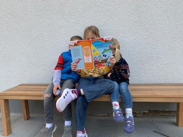 Buch369 - Buch369 - Hier kommen die besten Bücher von Arena für Kinder mit 3, 6, 9, 11 und 13 Jahren, die ihr lokal bestellen könnt, um nicht nur zu lesen, sondern auch um die Buchhandlungen zu retten.