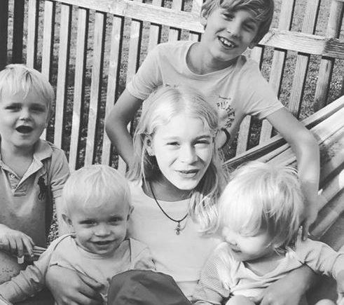 Fünf Kinder im Homeschooling