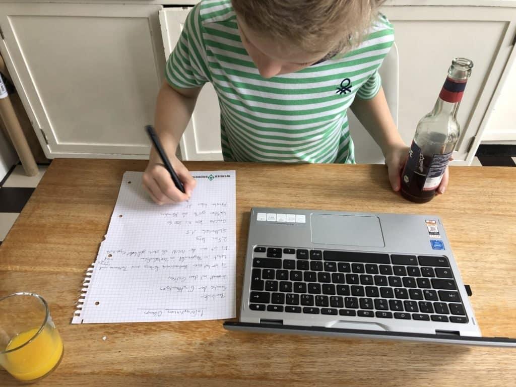 Homeschool9 1024x768 - Homeschooling, my ass (warum es nicht möglich ist, 800 Jobs gleichzeitig zu übernehmen) - Lisa haben die letzten drei Wochen mit der Beschulung dreier Kinder neben Job und allem anderen fast verrückt werden lassen. Das darf so nicht weitergehen.