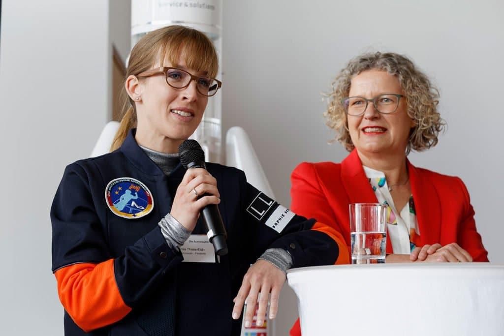 Berlin Finale InsaThieleEich 1 1024x683 - Insa Thiele-Eich über Astronautinnen-Training, Homeschooling und Klimawandel - Wir haben mit Meteorologin Und Dreifachmutter Insa Thiele-Eich über Astronautinnen-Training, Homeschooling und Klimawandel gesprochen.