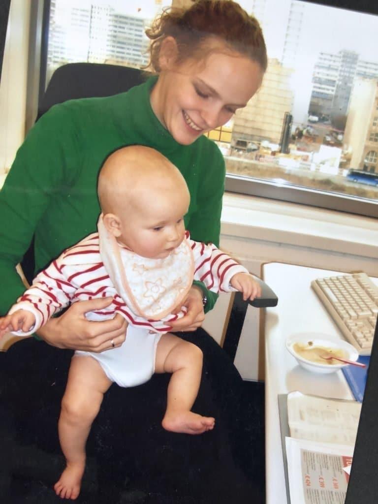 Baby mit Brei
